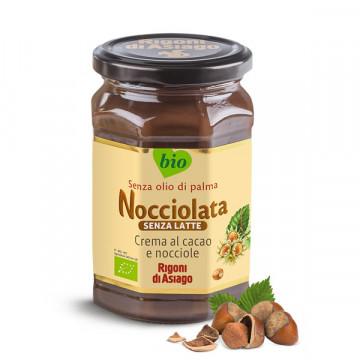 Cocoa hazelnut milk free...